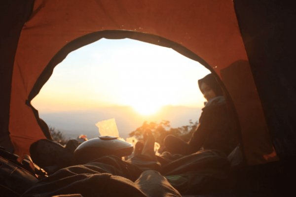 7 Best Tents with Hinged Doors – No More Stupid Zippers!