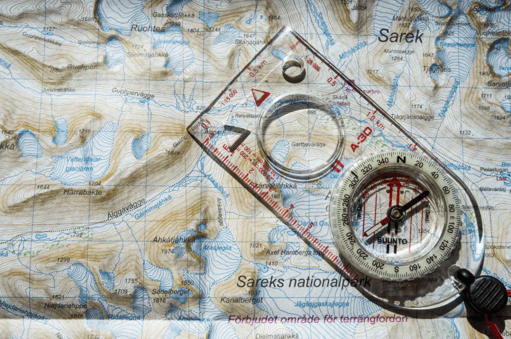 how to use a compass -- topographic maps